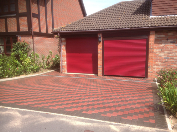 Faeroes Drive caister , both drives sealed with Resiblock Resin Sealer Gloss  (2)