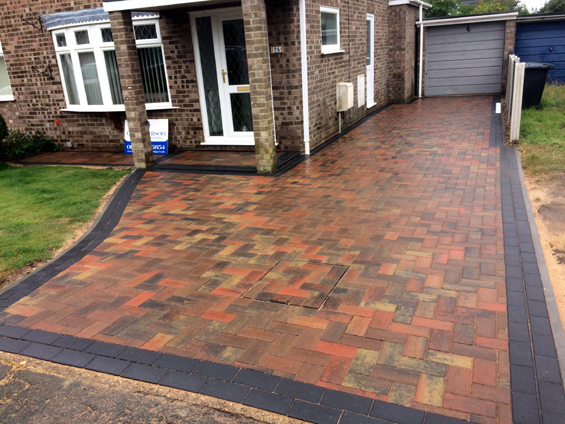 Bradstone Autumn Blocks with a Charcoal Border